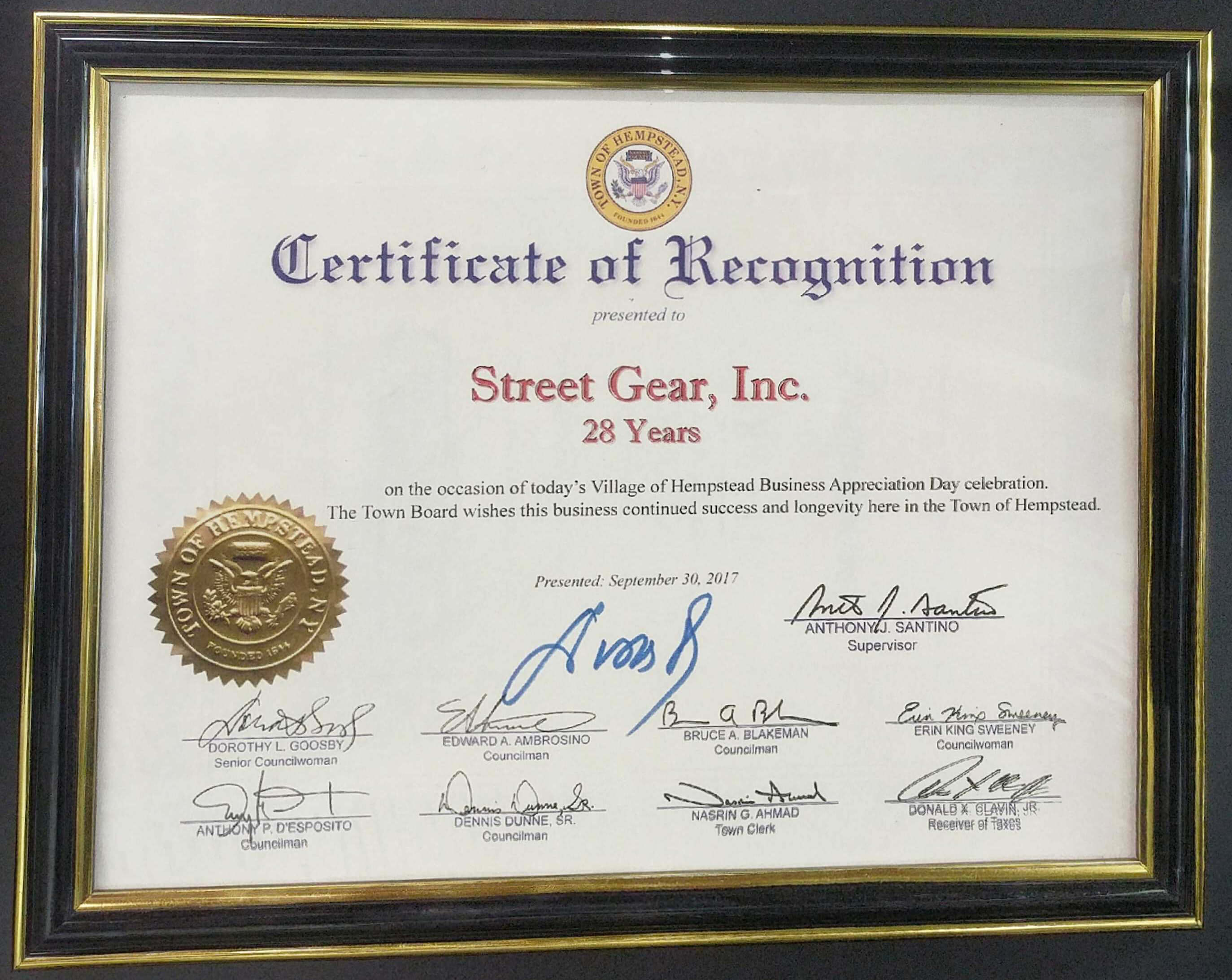 Recognition1 1g street gear was established in 1988 we are located at 245 fulton avenue in hempstead long island new york xflitez Image collections